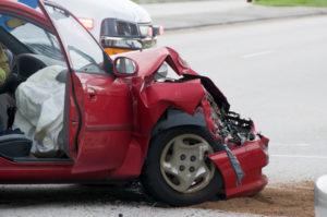 Die Strafe für Fahrerflucht hängt von der Schwere des Schadens ab.