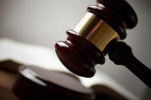 Die Strafe für Fahrerflucht bei einem Parkschaden wird individuell festgelegt.