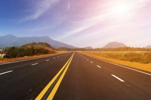 Für den Notfall im Ausland sollte ein europäischer Unfallbericht in Deutsch und der jeweiligen Landessprache im Auto bereitliegen.