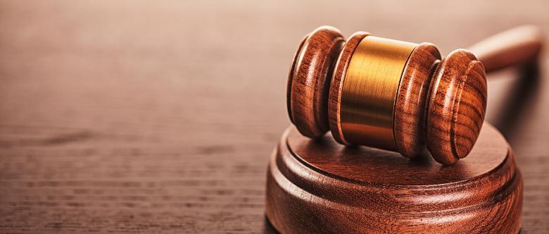 Eine Freiheitsstrafe kann nur durch einen Richter angeordnet werden.