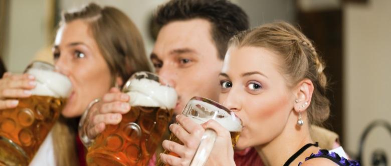 Kontrolliertes Trinken: Hierbei sollen die Teilnehmer maßvollen Alkoholgenuss erlernen.