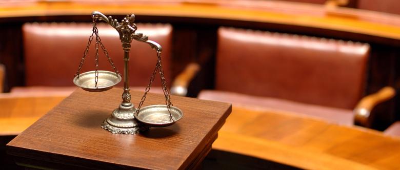 Das Strafgesetzbuch sieht für unterlassene Hilfeleistung verschiedene Voraussetzungen vor.