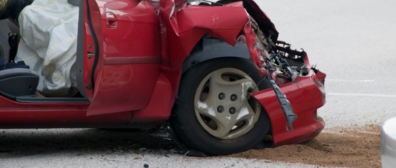 Egal ob Lkw-, Auto- oder Traktorunfall: Wenn es gekracht hat, sollten Sie sich entsprechend der Umstände verhalten.