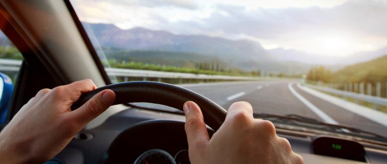 Einige Kraftfahrer begehen nach einem Unfall Fahrerflucht, um den drohenden Folgen aus dem Weg zu gehen.