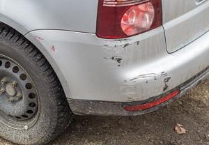 Nach einem Unfall liegt eine Wertminderung am Auto vor.