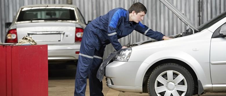 Bei einem Unfallschaden wird die Wertminderung mittels eines Gutachters bestimmt.