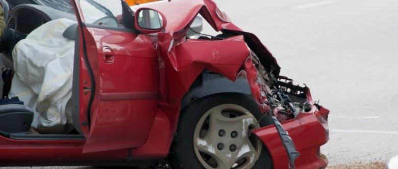 Das richtige Verhalten bei Unfällen ist nicht nur für Ihre Sicherheit wichtig, sondern auch die von Unbeteiligten.